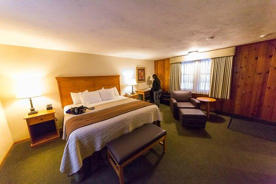 BEST WESTERN Plus Cold Spring: Bedroom (King room)