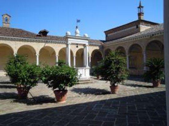 Abbazia di S.Maria di Praglia: Uno dei chiostri interni