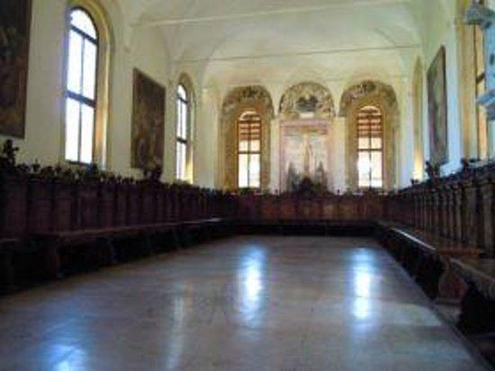 Abbazia di S.Maria di Praglia: Vista del refettorio storico