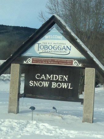 Inns at Blackberry Common: Toboggan nationals in Camden, Maine. A time to remember!