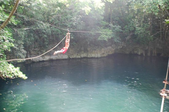 Cenote Verde Lucero: Awesome zip line