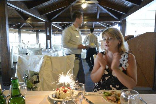 Atrium Palace Thalasso Spa Resort & Villas : Ужин