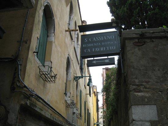 Hotel San Cassiano - Residenza d'Epoca Ca' Favaretto: sign to hotel