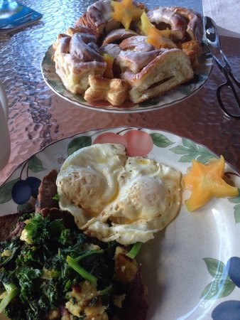 Fabiani's Bakery and Pizza: Yeah I made that -  kale, steak and sweet potato hash with eggs. And as good as that was the cin