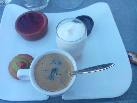 Restaurant La Villa : Le café gourmand !