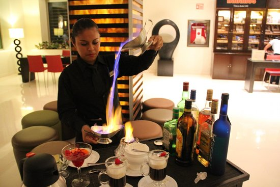 Secrets Silversands Riviera Cancun: Flaming coffee in Lobby Bar.