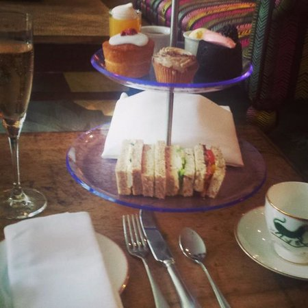 The Soho Hotel: Champagne Afternoon Tea