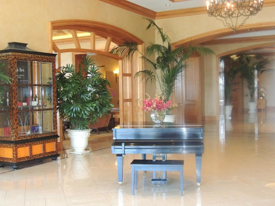 Park Hyatt Aviara Resort: Le coin piano pour la musique live le soir durant le repas