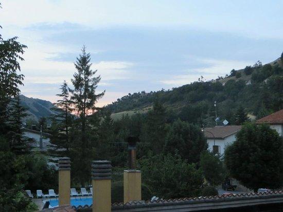 Hotel Montenerone: Uno scorcio dalla terrazza dell'hotel