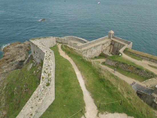 Fort La Latte : Grounds