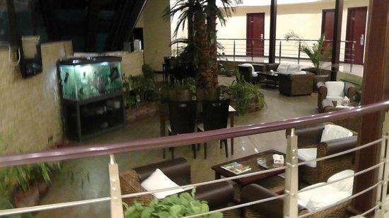 Aquatek Resort and SPA: Зимний сад на 2 этаже отеля