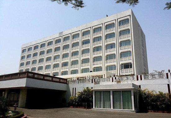 The Gateway Hotel, Agra : A view of Gateway, Agra