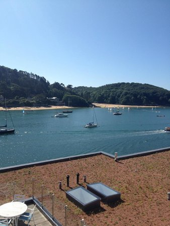 Salcombe Harbour Hotel & Spa: There are great views, but ONLY from rooms on the top floors