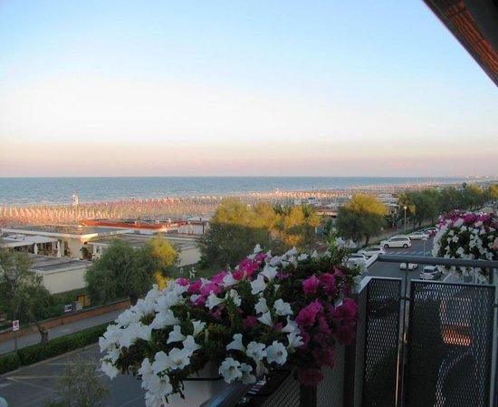 Hotel Souvenir: Vista dal balcone