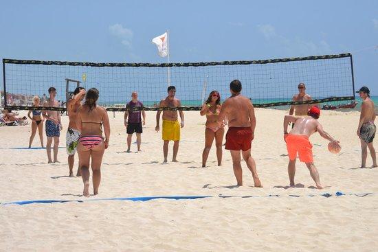 Viva Wyndham Maya : actividades en playa