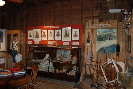 Micanopy Historical Society Museum : interior-2