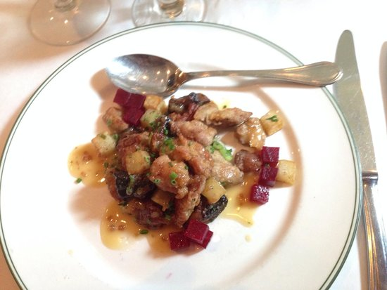 Bayona: Veal sweetbreads