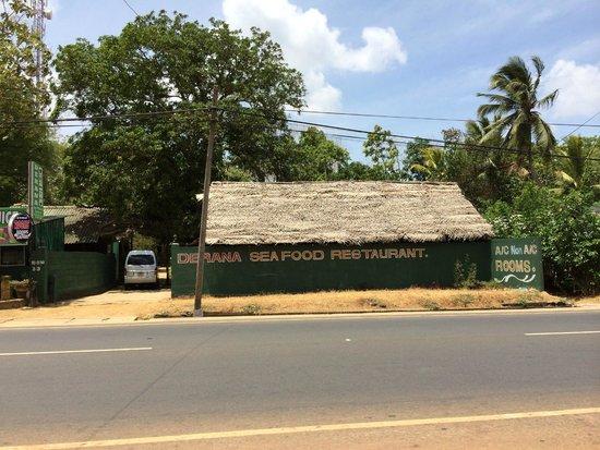 Derana Guest House: Fachada
