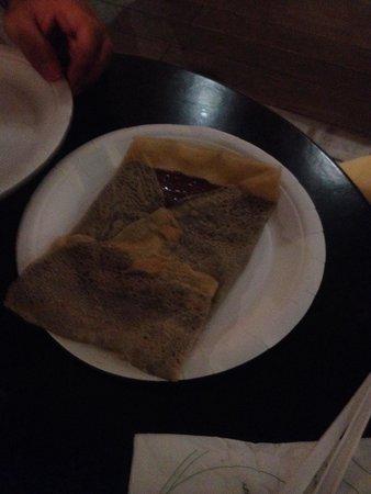 Eataly Genova: Disgustoso !!!!!!!! Poco cotta e mal odorante