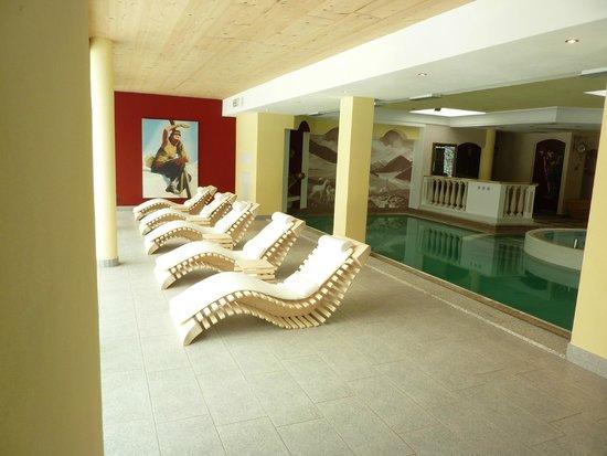 Family Wellness Hotel Renato: sala relax piscine