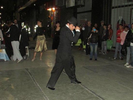 Microcentro: Tango perfeito na rua