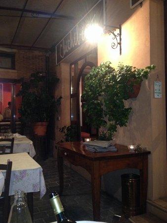 Ristorante Chichibio : Entrata e veranda