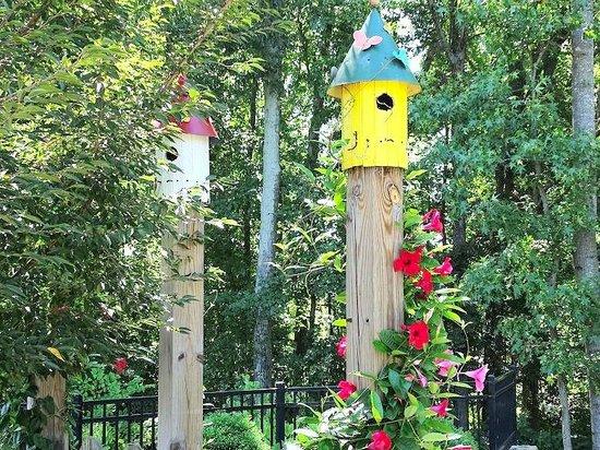 Gateway Gardens: Birdhouses