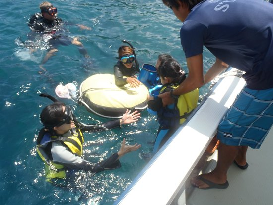 Blue Cave: 子供とともに海へ