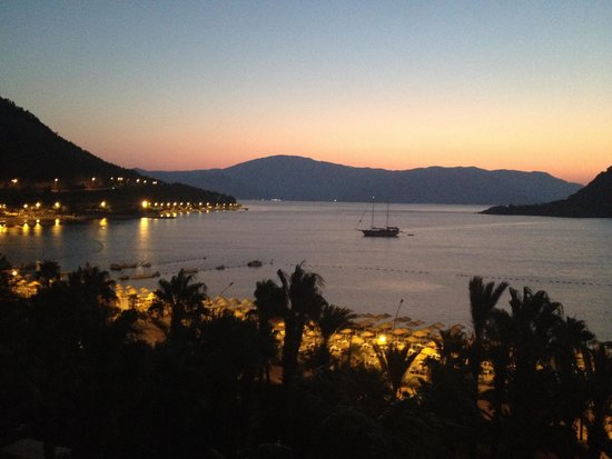 Hotel Aqua: Sunrise