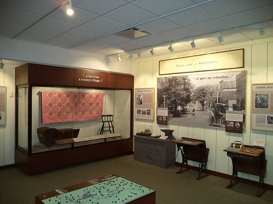 Herbert Hoover Presidential Library and Museum : Hoover Presidential Library and Museum