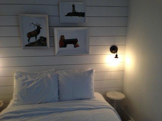 Salt House Inn : Room Decor