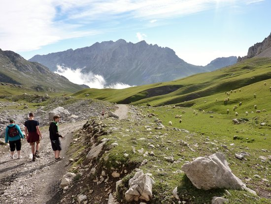 Picos de Europa: walk in the mountains