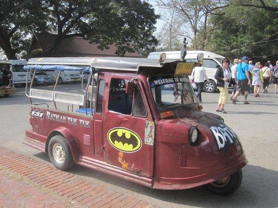Parc historique d'Ayutthaya : Un tuk-tuk pour visiter le parc