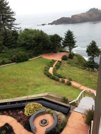 Whale Cove Inn: the grounds leading down to cove-view from balcony