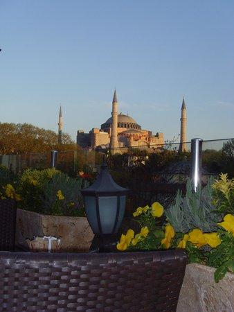 Hotel Sultania: From the bar to Hagia Sophia