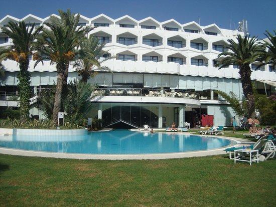 SENTIDO Phenicia: piscine 1