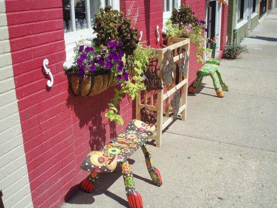 Carytown: Front door to Alternative