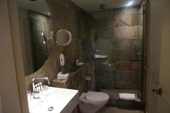 Hotel Neri Relais & Chateaux: salle de bain