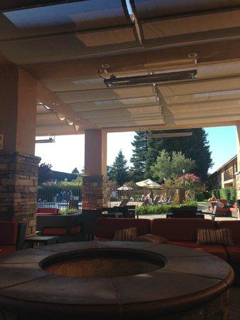 Napa Valley Marriott Hotel & Spa: outdoor area