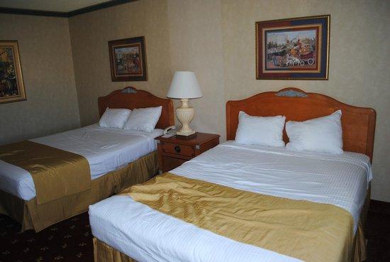 Circus Circus Hotel and Casino-Reno : Room