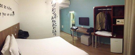 Ibis Styles Belo Horizonte Minascentro: Quarto do hotel