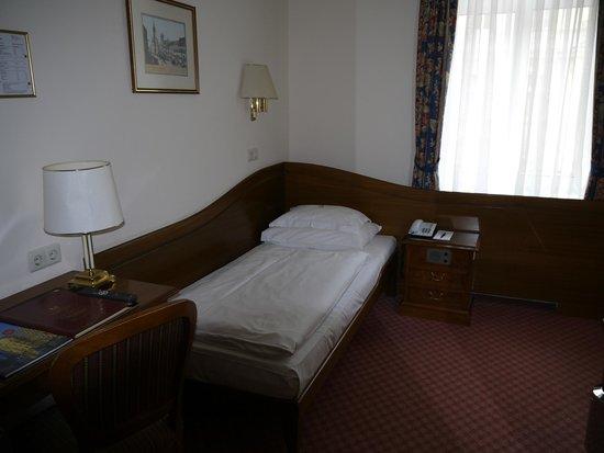 Hotel City Central: номер