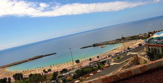Gloria Palace Royal Hotel & Spa: Amadores playa