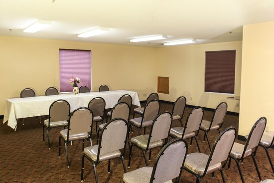 Dawson Village Inn: Meeting Room