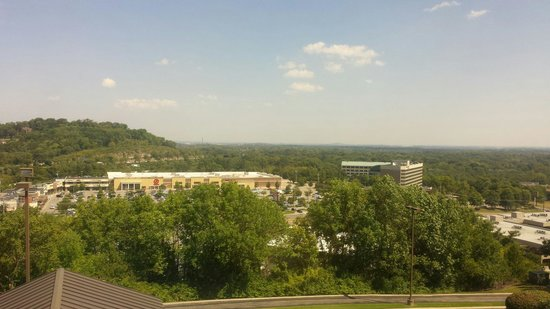 Hyatt Place Nashville/Brentwood: Great view from 4th floor of the hotel.