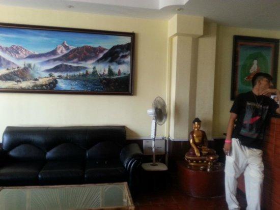 Hotel Buddha Land: лобби