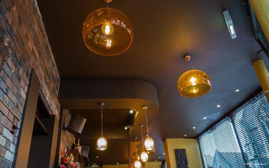 Koh Thai Tapas: Funky lights