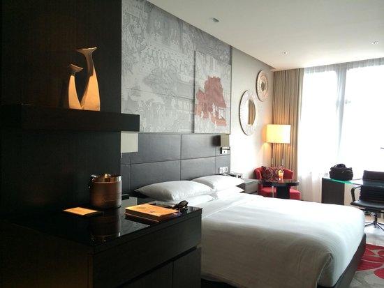 Marriott Executive Apartments Bangkok, Sukhumvit Thonglor: The bed