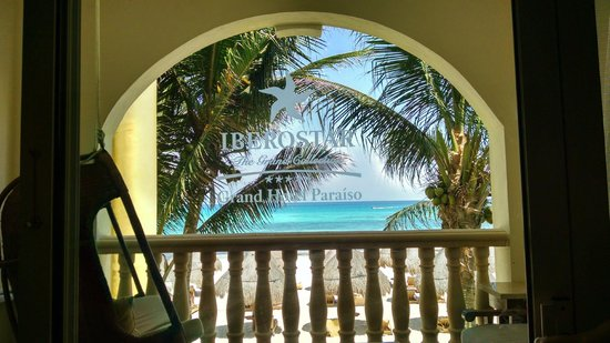 Iberostar Grand Hotel Paraiso: View from ocean front (2nd floor)