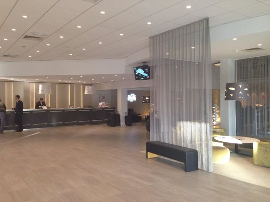 Holiday Inn Brussels Airport : Lobby